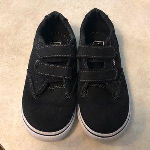 Toddler Boys Black Velcro Vans